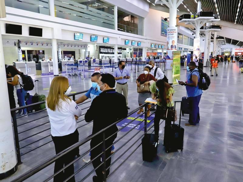 Ehisa promete inversión de L97 millones en aeropuerto sampedrano
